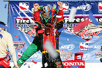 Bryan Herta wins at the Michigan International Speedway, Firestone Indy 400, July 31, 2005