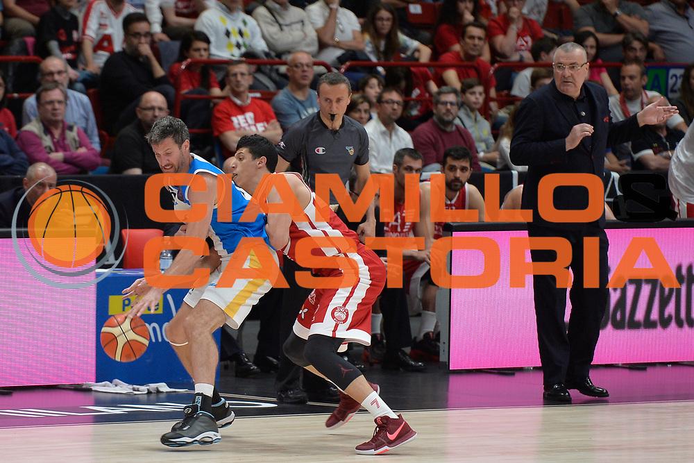 Drake Diener,Fontecchio Simone<br /> Olimpia EA7 Emporio Armani Milano vs Vanoli Cremona<br /> Lega Basket Serie A 2016/2017<br /> PlayOff semifinale gara 2<br /> Milano 14/05/2017<br /> Foto Ciamillo-Castoria / I.Mancini