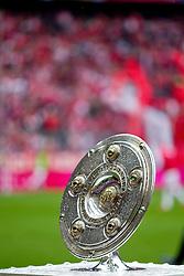 11-05-2012 VOETBAL: FC BAYERN MUNCHEN - FC AUGSBURG: MUNCHEN<br /> Bayern Munchen kampioen van Duitsland seizoen 2012-2013 - die Meisterschale, kampioenschaal<br /> ***NETHERLANDS ONLY***<br /> ©2012-FotoHoogendoorn.nl