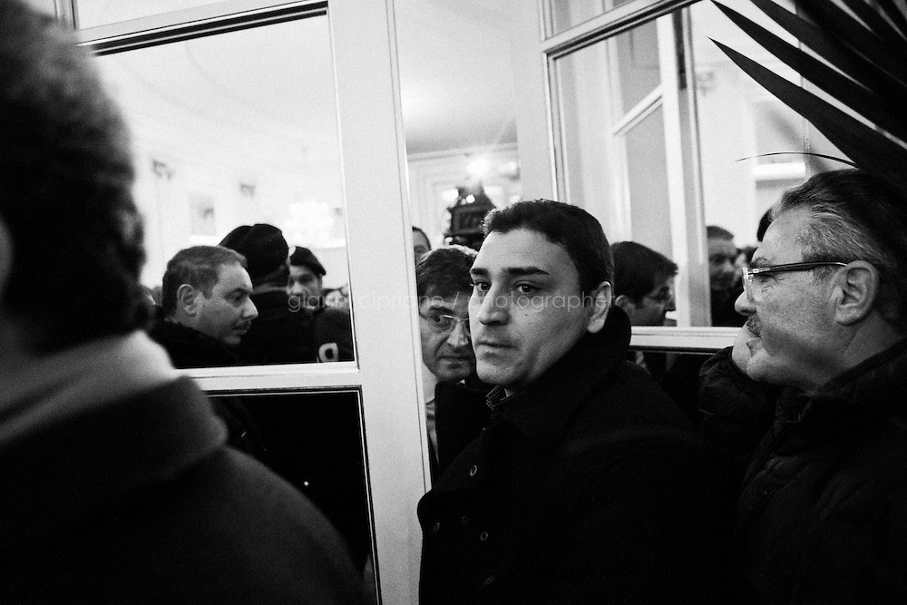 Napoli, Italia - 22 gennaio 2013: Nicola Cosentino, il leader campano del Pdl escluso dalle liste elettorali e a rischio carcere per concorso esterno in associazione mafiosa, convoca una conferenza stampa all'Hotel Excelsior a Napoli, il 22 gennaio 2013.NAPLES, ITALY - 22 JANUARY 2013:  Nicola Cosentino (53), regional coordinator of Silvio Berlusconi's People of Freedom party and former undersecretary of the Ministry of Economy of the Berlusconi IV Cabinet, holds a press conference the day after he was excluded from the lists of candidates for the 2013 Italian general elections, at the Hotel Excelsior in Naples, on January 22 2013. Nicola Cosentino, investigated over Mafia association in the Campania region, clashed with national coordinator of the party Denis Verdini and secretary Angelino Alfano. Cosentino stresses that the decision was taken at the last moment to avoid his retaliation. Silvio Berlusconi admitted that leaving his &ldquo;best friends&rdquo; out was difficult but stated it was necessary for political reasons: &ldquo;we will now regain two and a half million votes, mostly in the north&rdquo;. In 2010  Naples&rsquo; anti-mafia magistrates commission sent to the Italian Chamber of Deputies the request for the arrest for Cosentino, but the Chamber&rsquo;s commission refused. In 2010 Cosentino was also involved in a scandal related to wind energy systems in Sardinia, which led to the discovery of the so-called nuova P2 or P3 (&ldquo;new Propaganda 2 or P2&Prime;) . The P2  was a secret masonic lodge of the 1970s-early 1980s, of which Berlusconi was then a member. <br /> <br /> A general election to determine the 630 members of the Chamber of Deputies and the 315 elective members of the Senate, the two houses of the Italian parliament, will take place on 24&ndash;25 February 2013. The main candidates running for Prime Minister are Pierluigi Bersani (leader of the centre-left coalition &quot;Italy. Common Good&quot;), former PM Mario Monti (leader of the c