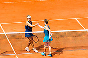 Simona Halep (rou) and Angelique Kerber (ger) during the Roland Garros French Tennis Open 2018, day 11, on June 6, 2018, at the Roland Garros Stadium in Paris, France - Photo Pierre Charlier / ProSportsImages / DPPI