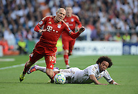 FUSSBALL   CHAMPIONS LEAGUE SAISON 2011/2012  HALBFINALE  RUECKSPIEL      Real Madrid - FC Bayern Muenchen           25.04.2012 Arjen Robben (li, FC Bayern Muenchen) gegen Marcelo (re, Real Madrid)
