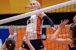 02-04-2017 NED:  CEV U18 Europees Kampioenschap vrouwen dag 2, Arnhem<br /> Nederland - Rusland 3-0 / Hester Jasper #6
