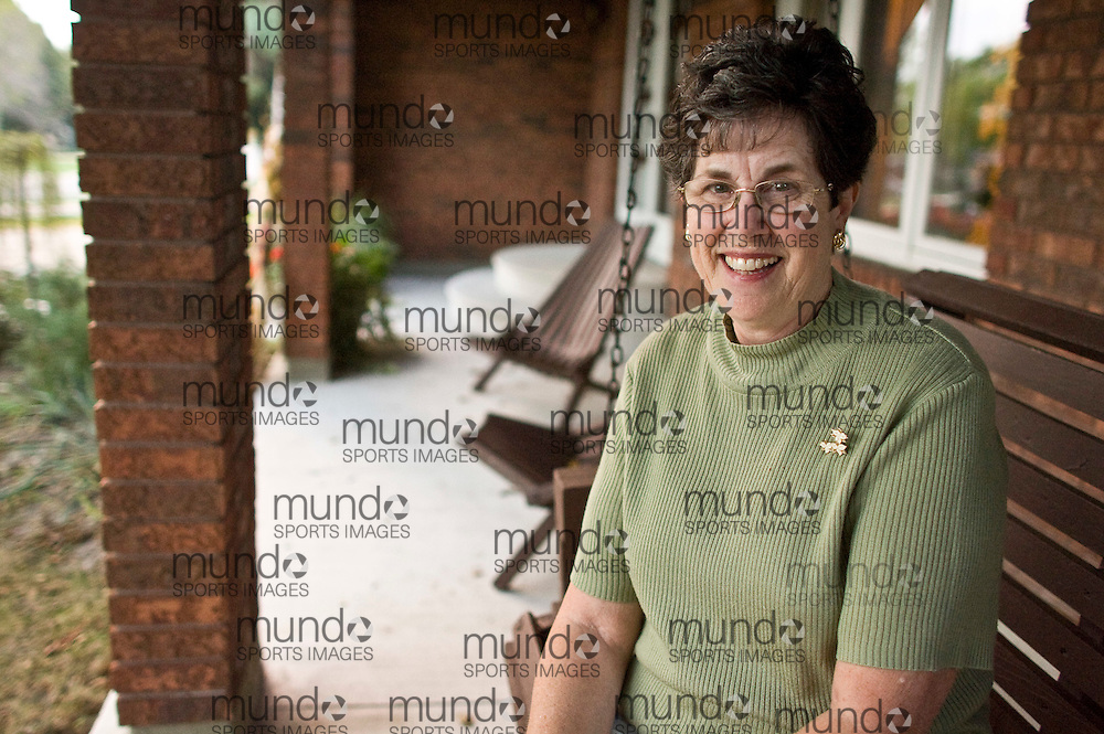 Sarnia, Ontario ---05/10/07--- Beverly Cassel sits on a porch swing at her Sarnia, Ontario home following a week of media attention after cornering Ontario Progressive Consevative leader John Tory at a rally..GEOFF ROBINS Toronto Star