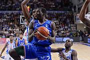 DESCRIZIONE : Beko Legabasket Serie A 2015- 2016 Dinamo Banco di Sardegna Sassari - Enel Brindisi<br /> GIOCATORE : Durand Scott<br /> CATEGORIA : Tiro Penetrazione Sottomano<br /> SQUADRA : Enel Brindisi<br /> EVENTO : Beko Legabasket Serie A 2015-2016<br /> GARA : Dinamo Banco di Sardegna Sassari - Enel Brindisi<br /> DATA : 18/10/2015<br /> SPORT : Pallacanestro <br /> AUTORE : Agenzia Ciamillo-Castoria/L.Canu