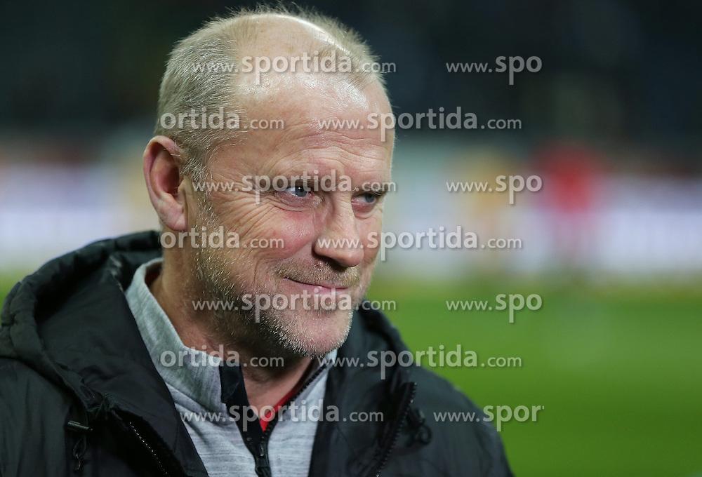 14.02.2015, Commerzbank Arena, Frankfurt, GER, 1. FBL, Eintracht Frankfurt vs Schalke 04, 21. Runde, im Bild vl. Trainer Thomas Schaaf (Eintracht Frankfurt) Portrait // during the German Bundesliga 21th round match between Eintracht Frankfurt vs Schalke 04 at the Commerzbank Arena in Frankfurt, Germany on 2015/02/14. EXPA Pictures &copy; 2015, PhotoCredit: EXPA/ Eibner-Pressefoto/ Voelker<br /> <br /> *****ATTENTION - OUT of GER*****