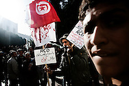 TUNISI. MANIFESTANTI IN PIAZZA DELLA KASBAH;