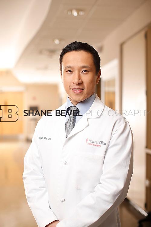 1/14/16 6:14:10 PM --  Warren Clinic Plastic Surgeons. <br /> <br /> Photo by Shane Bevel