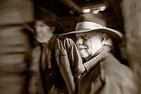 LB00143-01...WYOMING - Bobby Picklesimer and Clint Black in the barn at Willow Creek Ranch.  MR# P10 - B19