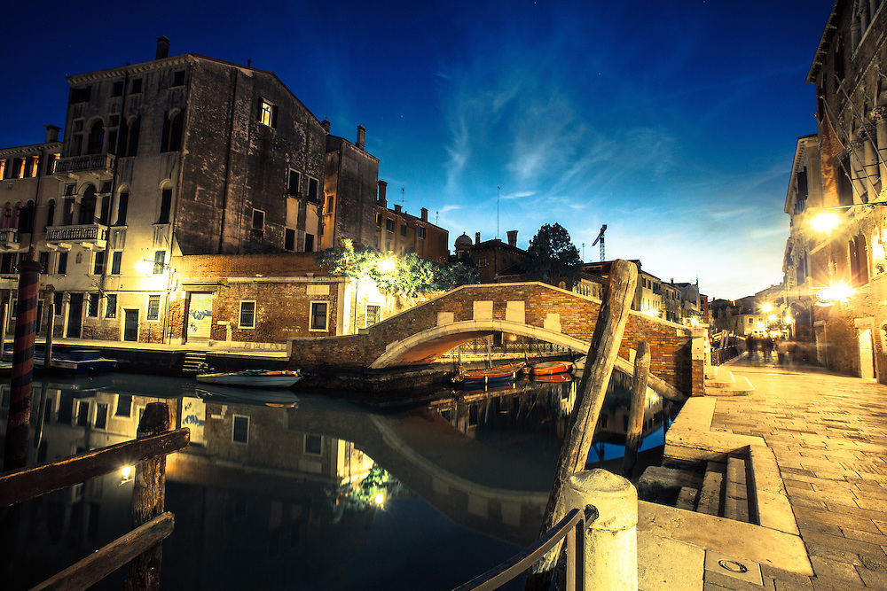 Where: Venice streets at night, Italy.<br /> Gotta love that city!