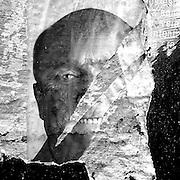 Javier Calvelo/ URUGUAY/ MONTEVIDEO/ Un pentimento es una alteraci&oacute;n en un cuadro que manifiesta el cambio de idea del artista sobre aquello que estaba pintando. Se tratar&iacute;a de un t&eacute;rmino sin&oacute;nimo de arrepentimiento. Este trabajo documental hecho en las calles de las ciudades se basa en esa idea pero este arrepentimiento estaria dado por epaso del tiempo y la construccion de ese muro de afiches y pintadas que nunca acaba las diferentensa capas se acumulan y van cambiando momento a momento. <br /> En la foto:  Proyecto Pentimento en campa&ntilde;a electoral del FA. Foto: Javier Calvelo <br /> 20141103  dia lunes