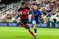 Anthony Watson of England runs in to score a try - Mandatory by-line: Robbie Stephenson/JMP - 06/09/2019 - RUGBY - St James's Park - Newcastle, England - England v Italy - Quilter Internationals