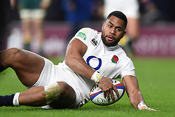 Joe Cokanasiga of England scores a try in the second half - Mandatory byline: Patrick Khachfe/JMP - 07966 386802 - 24/11/2018 - RUGBY UNION - Twickenham Stadium - London, England - England v Australia - Quilter International