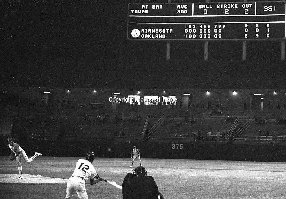 Oakland Athletics Vida Blue pitching to Minnesota Twins Cesar Tovar for the final out in his No-Hitter, <br />Sept 21,1970. (photo/Ron Riesterer)