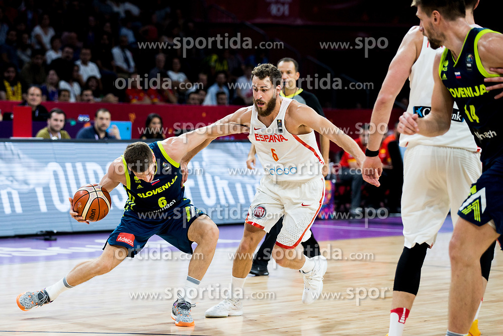 Aleksej Nikolic of Slovenia vs Sergio Rodriguez of Spain during basketball match between National Teams of Slovenia and Spain at Day 15 in Semifinal of the FIBA EuroBasket 2017 at Sinan Erdem Dome in Istanbul, Turkey on September 14, 2017. Photo by Vid Ponikvar / Sportida