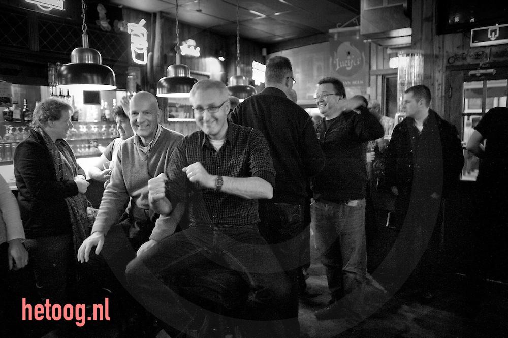 """avondje stappen in Hengelo(o) buffoons in cafe """"de cactus"""" & """"ottoboy the onemantrashband"""" en """"Joe Buck"""" in """"innocent"""""""