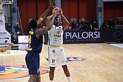 Turner Elston<br /> Vanoli Cremona - Fiat Torino<br /> Lega Basket Serie A 2016/2017<br /> Cremona 12/02/2017<br /> Foto Ciamillo-Castoria