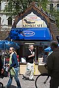 Esplanade. A typical kiosk.