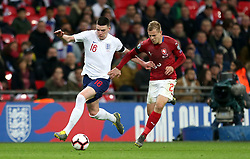 England's Declan Rice (left) and Czech Republic's Matej Vydra battle for the ball during the UEFA Euro 2020 Qualifying, Group A match at Wembley Stadium, London.