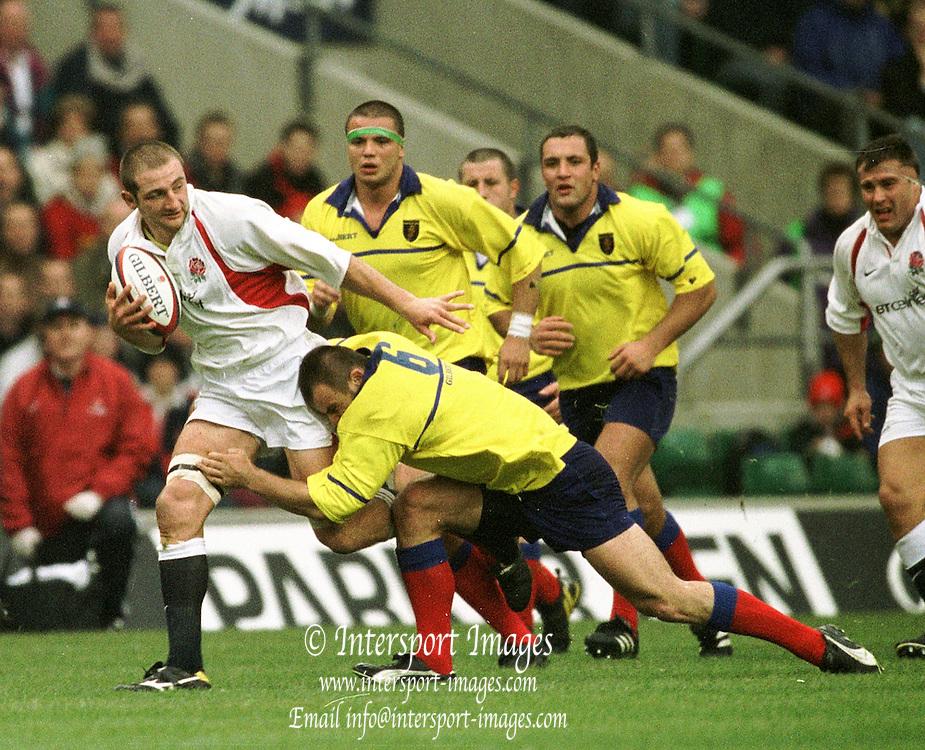 Twickenham. England. RFU Twickenham Stadium UKThe Investec Challenge. 17th Nov 2001, England v Romania - Twickenham, Steve Borthwick,  Peter Spurrier Sports  Photo<br /> email pictures@rowingpics.com, Tel 44 (0) 7973 819 551
