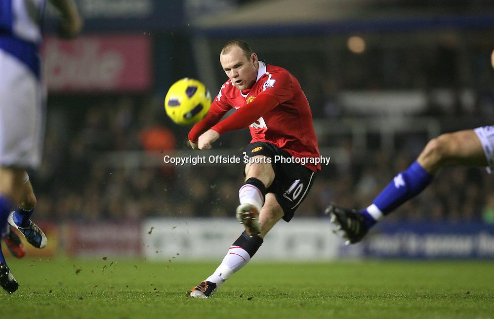 28/12/2010 - Barclays Premier League - Birmingham City vs. Manchester United - Wayne Rooney of Man Utd shoots - Photo: Simon Stacpoole / Offside.