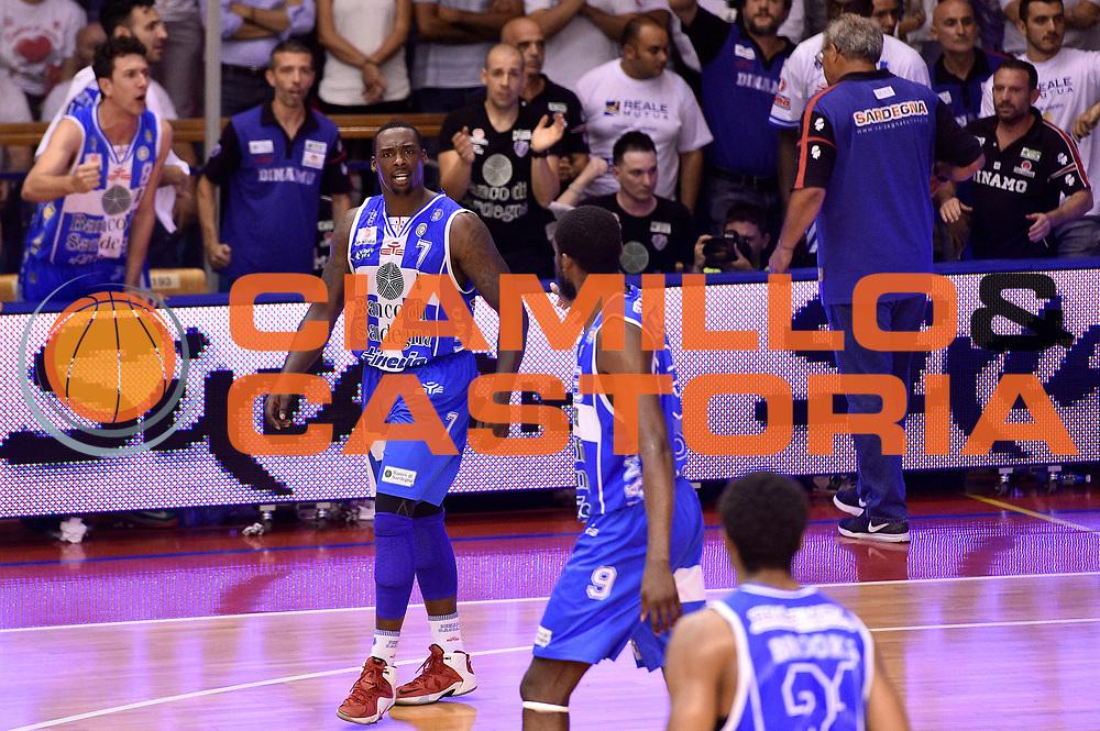 DESCRIZIONE : Campionato 2014/15 Serie A Beko Grissin Bon Reggio Emilia - Dinamo Banco di Sardegna Sassari Finale Playoff Gara7 Scudetto<br /> GIOCATORE : Sanders Rakim<br /> CATEGORIA : esultanza<br /> SQUADRA : Banco di Sardegna Sassari<br /> EVENTO : Campionato Lega A 2014-2015<br /> GARA : Grissin Bon Reggio Emilia - Dinamo Banco di Sardegna Sassari Finale Playoff Gara7 Scudetto<br /> DATA : 26/06/2015<br /> SPORT : Pallacanestro<br /> AUTORE : Agenzia Ciamillo-Castoria/GiulioCiamillo<br /> GALLERIA : Lega Basket A 2014-2015<br /> FOTONOTIZIA : Grissin Bon Reggio Emilia - Dinamo Banco di Sardegna Sassari Finale Playoff Gara7 Scudetto<br /> PREDEFINITA :