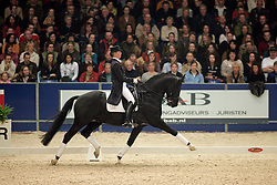 Van Grunsven Anky - Painted Black<br /> KWPN Hengstenkeuring 2006<br /> Photo © Hippo Foto
