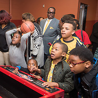 20160402-UAW-Ford-recreation-center