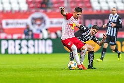 12.05.2019, Red Bull Arena, Salzburg, AUT, 1. FBL, FC Red Bull Salzburg vs LASK, Meistergruppe/Qualifikationsgruppe 30. Spieltag, im Bild Patrick Farkas (FC Red Bull Salzburg), Dominik Frieser (LASK) // during the tipico Bundesliga Championsgroup 30. round match between FC Red Bull Salzburg and LASK at the Red Bull Arena in Salzburg, Austria on 2019/05/12. EXPA Pictures © 2019, PhotoCredit: EXPA/ JFK