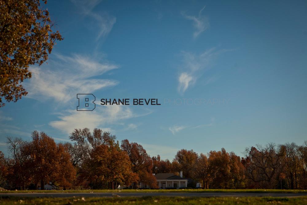 11/18/11 10:37:49 AM -- Riverside photos for Tulsa Community Foundation. ..Photo by Shane Bevel