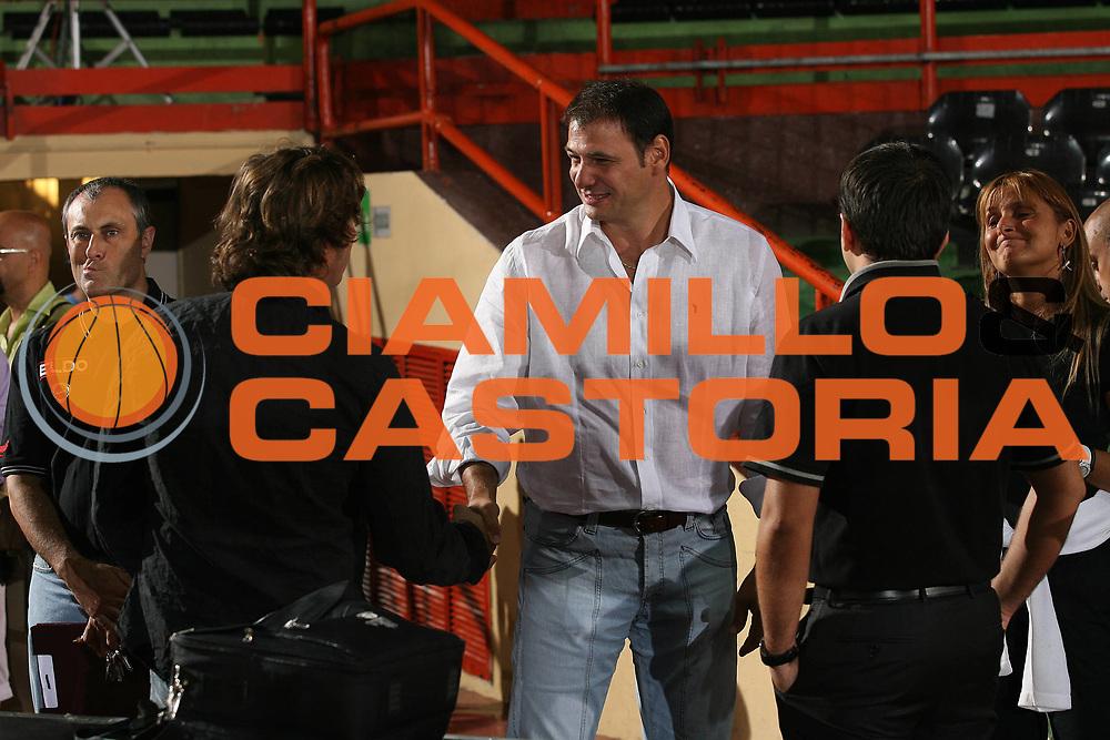 DESCRIZIONE : Caserta Lega A1 2007-08 Torneo Citt&agrave; di Caserta Lottomatica Virtus Roma Snaidero Udine<br /> GIOCATORE : Nando Gentile<br /> SQUADRA : <br /> EVENTO : Campionato Lega A1 2007-2008 <br /> GARA : Lottomatica Virtus Roma Snaidero Udine<br /> DATA : 15/09/2007 <br /> CATEGORIA : <br /> SPORT : Pallacanestro <br /> AUTORE : Agenzia Ciamillo-Castoria/M.Marchi