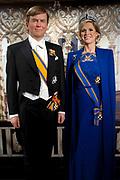 Koning Willem-Alexander en koningin Maxima in Madame Tussauds. Daar hebben de wassenbeelden nieuwe kleding gekregen. Voorheen hadden de wassenbeelden de kleding van de inhuldiging.