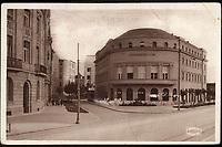 Zagreb : Novinarski dom. <br /> <br /> ImpresumZagreb : Orient, [1947].<br /> Materijalni opis1 razglednica : tisak ; 9,1 x 14 cm.<br /> NakladnikNaklada Orient<br /> Mjesto izdavanjaZagreb<br /> Vrstavizualna građa • razglednice<br /> ZbirkaZbirka razglednica • Grafička zbirka NSK<br /> Formatimage/jpeg<br /> PredmetZagreb –– Trg Franklina Delana Roosevelta<br /> Novinarski dom (Zagreb)<br /> SignaturaRZG-ROOS-2<br /> Obuhvat(vremenski)20. stoljeće<br /> NapomenaRazglednica je putovala 1947. godine.<br /> PravaJavno dobro<br /> Identifikatori000954692<br /> NBN.HRNBN: urn:nbn:hr:238:078028 <br /> <br /> Izvor: Digitalne zbirke Nacionalne i sveučilišne knjižnice u Zagrebu