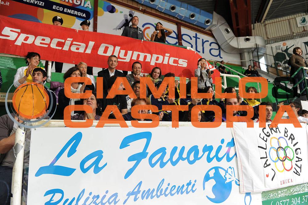 DESCRIZIONE : Siena Lega A 2010-11 Montepaschi Siena Lottomatica Virtus Roma<br /> GIOCATORE : Storelli<br /> SQUADRA : <br /> EVENTO : Campionato Lega A 2010-2011<br /> GARA : Montepaschi Siena Lottomatica Virtus Roma<br /> DATA : 15/05/2011<br /> CATEGORIA : special olympics<br /> SPORT : Pallacanestro<br /> AUTORE : Agenzia Ciamillo-Castoria/GiulioCiamillo<br /> Galleria : Lega Basket A 2010-2011<br /> Fotonotizia : Siena Lega A 2010-11 Montepaschi Siena Lottomatica Virtus Roma<br /> Predefinita :