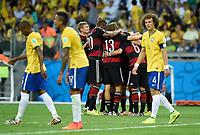 Fotball<br /> Tyskland v Brasil<br /> Semifinale VM<br /> 08.07.2014<br /> Foto: Witters/Digitalsport<br /> NORWAY ONLY<br /> <br /> 0:5 Jubel v.l. Toni Kroos, Jerome Boateng, Thomas Mueller, Mesut Oezil, Torschuetze Sami Khedira (verdeckt, Deutschland)<br /> Fussball WM 2014 in Brasilien, Halbfinale, Brasilien - Deutschland