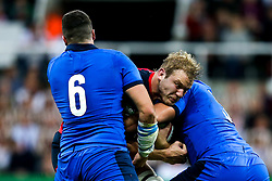 Joe Launchbury of England is tackled - Mandatory by-line: Robbie Stephenson/JMP - 06/09/2019 - RUGBY - St James's Park - Newcastle, England - England v Italy - Quilter Internationals