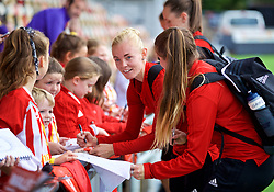 NEWPORT, WALES - Thursday, August 30, 2018: Wales' captain Sophie Ingle signs autographs for young supporters after a training session at Rodney Parade ahead of the final FIFA Women's World Cup 2019 Qualifying Round Group 1 match against England. (Pic by David Rawcliffe/Propaganda)