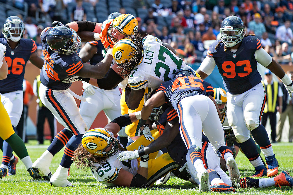 CHICAGO, IL - SEPTEMBER 13:  Eddie Lacy #27 of the Green Bay Packers dives into the end zone for a touchdown during a game against the Chicago Bears at Soldier Field on September 13, 2015 in Chicago, Illinois.  The Packers defeated the Bears 31-23.  (Photo by Wesley Hitt/Getty Images) *** Local Caption *** Eddie Lacy