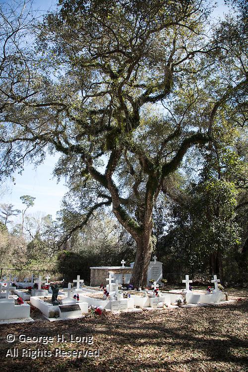 La Fontaine Cemetery in Lacombe, Louisiana