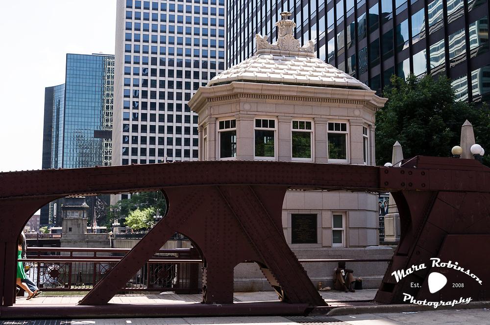 Chicago by Mara Robinson