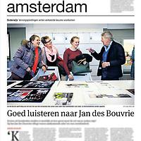 Tekst en beeld zijn auteursrechtelijk beschermd en het is dan ook verboden zonder toestemming van auteur, fotograaf en/of uitgever iets hiervan te publiceren <br /> <br /> Parool 19 januari 2015: Jan des Bouvrie op een mbo-school met zijn naam