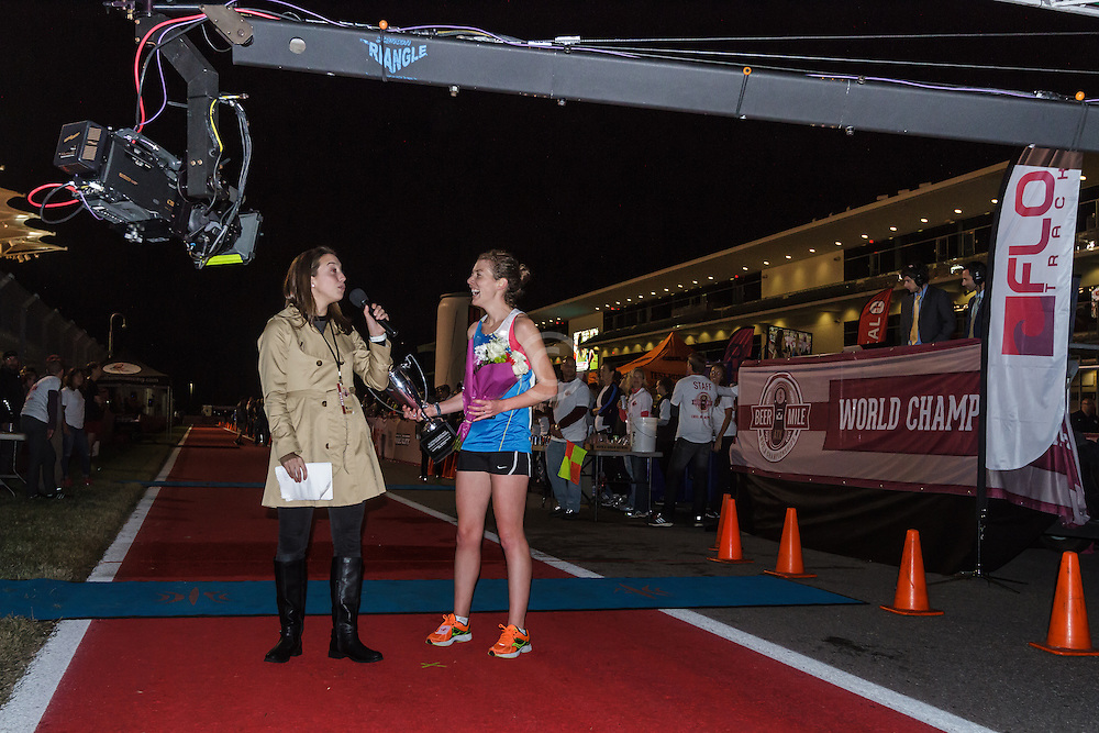 Beer Mile World Championships, Inaugural, Women's Elite race, Elizabeth Herndon wins, sets new world record, accepts prizes