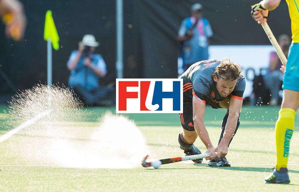 BREDA - Bob de Voogd (Ned)   tijdens Nederland- Australie (1-3) bij  de Hockey Champions Trophy. COPYRIGHT KOEN SUYK