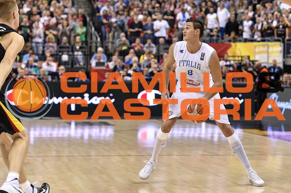 DESCRIZIONE : Berlino Berlin Eurobasket 2015 Group B Germany Germania - Italia Italy<br /> GIOCATORE : Andrea Bargnani<br /> CATEGORIA : Palleggio<br /> SQUADRA : Italia Italy<br /> EVENTO : Eurobasket 2015 Group B<br /> GARA : Germany Italy - Germania Italia<br /> DATA : 09/09/2015<br /> SPORT : Pallacanestro<br /> AUTORE : Agenzia Ciamillo-Castoria/GiulioCiamillo