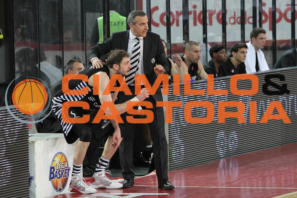 DESCRIZIONE : Roma Lega A 2009-10 Lottomatica Virtus Roma Canadian Solar Bologna<br /> GIOCATORE : Lino Laro Coach Viktor Sanikidze<br /> SQUADRA : Canadian Solar Bologna<br /> EVENTO : Campionato Lega A 2009-2010<br /> GARA : Lottomatica Virtus Roma Canadian Solar Bologna<br /> DATA : 08/05/2010<br /> CATEGORIA : Ritratto<br /> SPORT : Pallacanestro<br /> AUTORE : Agenzia Ciamillo-Castoria/G.Contessa<br /> Galleria : Lega Basket A 2009-2010 <br /> Fotonotizia : Roma Campionato Italiano Lega A 2009-2010 Lottomatica Virtus Roma Canadian Solar Bologna<br /> Predefinita :