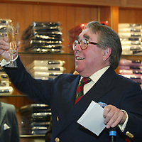 Ronnie Corbett, proposes a toast after officially opened the Golf St Andrews shop, a joint venture between the House of Bruar and the R&A<br /><br />Picture by Graeme Hart.<br />Copyright Perthshire Picture Agency<br />Tel: 01738 623350  Mobile: 07990 594431