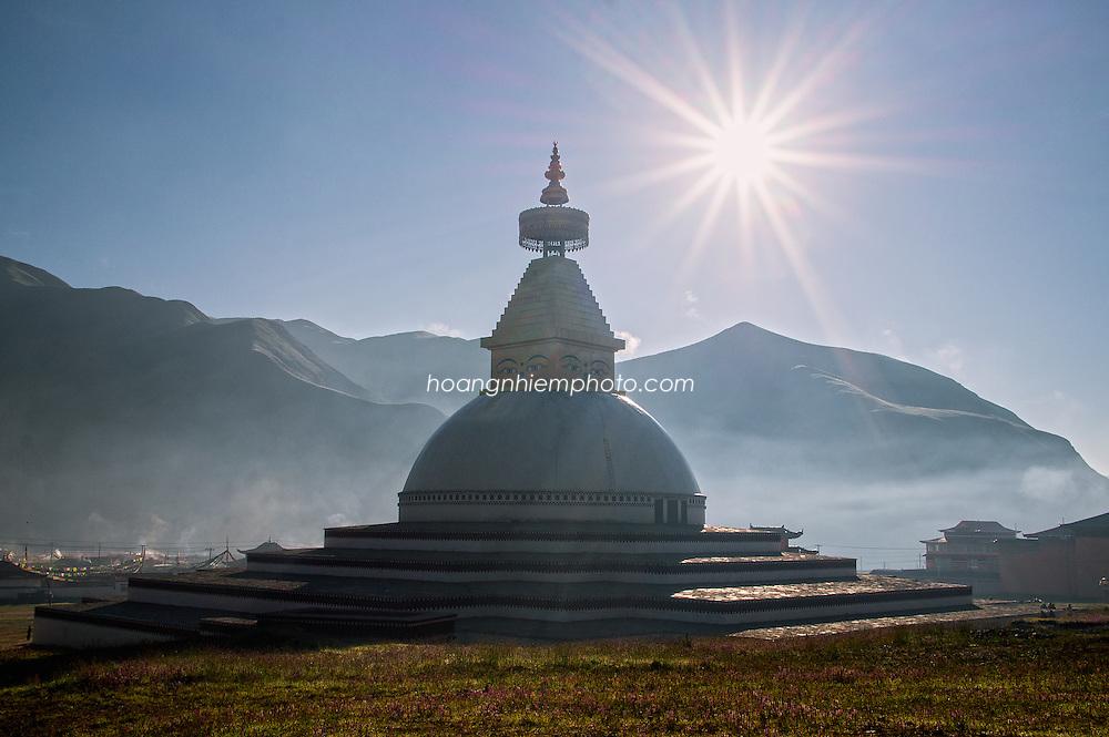 Tibet images-Golog