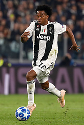 November 8, 2018 - Turin, Italy - Juan Cuadrado of Juventus in action during the Group H match of the UEFA Champions League between Juventus FC and Manchester United FC on November 7, 2018 at Juventus Stadium in Turin, Italy. (Credit Image: © Mike Kireev/NurPhoto via ZUMA Press)