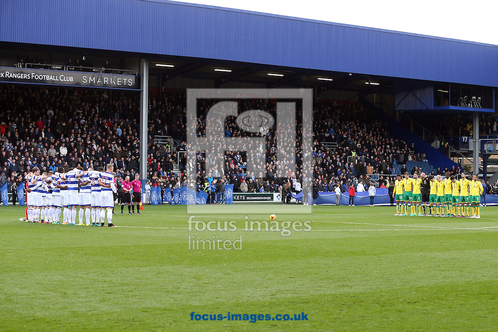 Players and fans observe the one minutes silence for Remembrance Day before the Sky Bet Championship match at the Loftus Road Stadium, London<br /> Picture by Paul Chesterton/Focus Images Ltd +44 7904 640267<br /> 19/11/2016