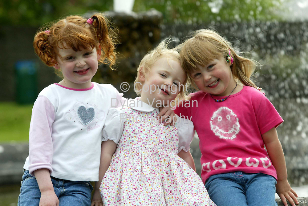 16/5/2002.From left Abbey Mahon aged 4, Faye Mahon aged 2 and Roisin Gogarty aged 4 all from Threecastles in Kilkenny pictured enjoying the good weather in the gardens of Kilkenny Castle yesterday..Picture Dylan Vaughan